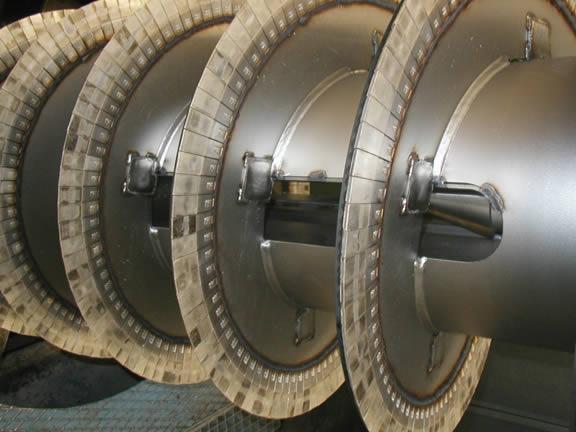 Schneckenwendel mit Hartmetallplatten (Tiles)